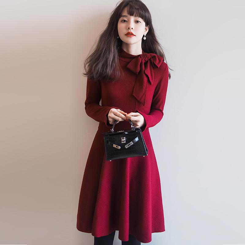 一条用心定制的精品裙装。。。。 飘带款修身羊毛针织连衣裙