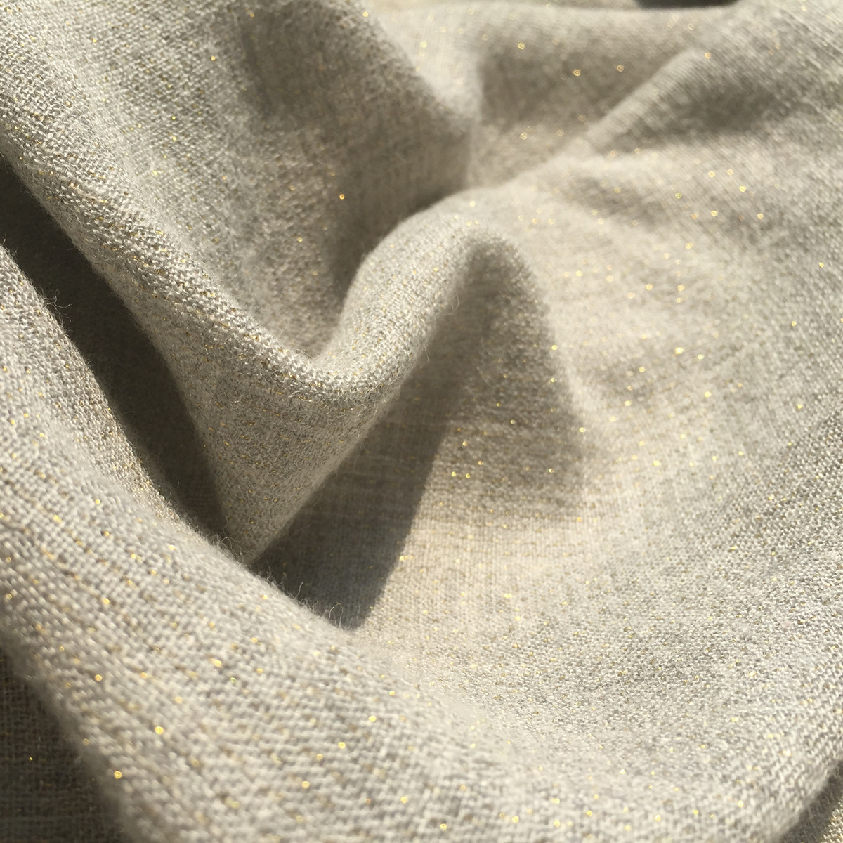 Super thin gold thread cashmere and wool fabric imported from Qing and Italy