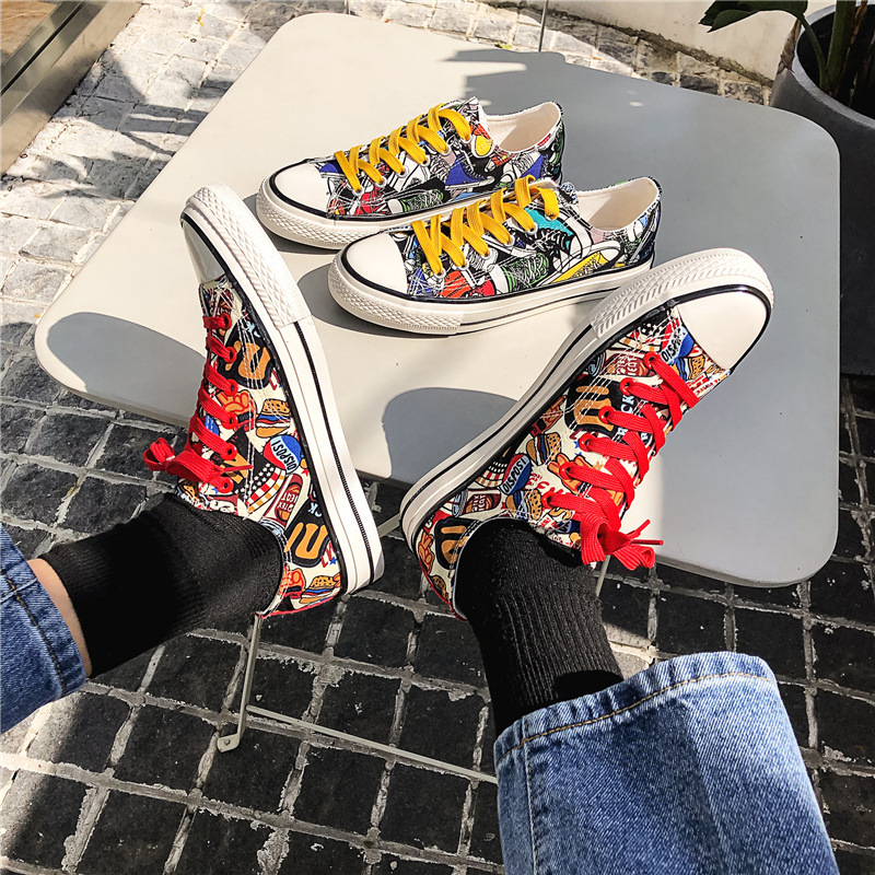 Canvas shoes mens 2020 summer breathable shoes graffiti hand painted shoes mens low top versatile sports board shoes mens print