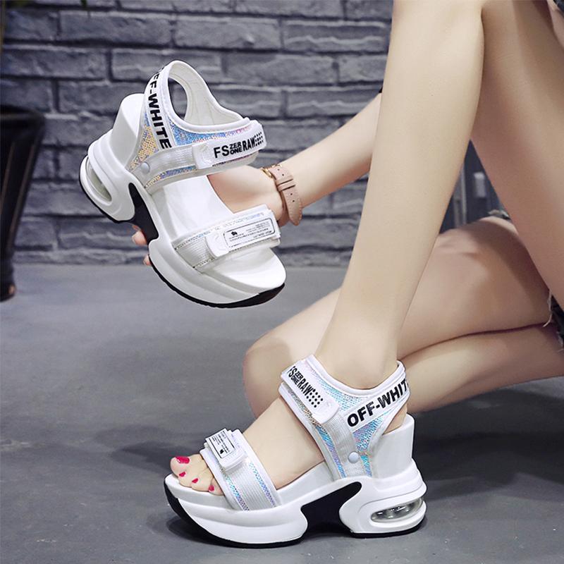 女厚底凉鞋百搭坡跟2020新款网红时尚松糕运动高跟内增高仙女凉拖图片
