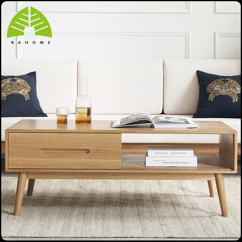 オークの木の実の木のお茶の何北欧の風格の軽い豪華なアイデアの客間の原木の家具は近代的で簡約的です。