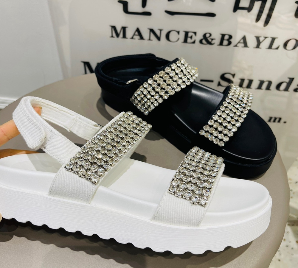 Real Korean fashion diamond muffin bottom heightening casual sandals comfortable and simple, good match with womens shoes cs561