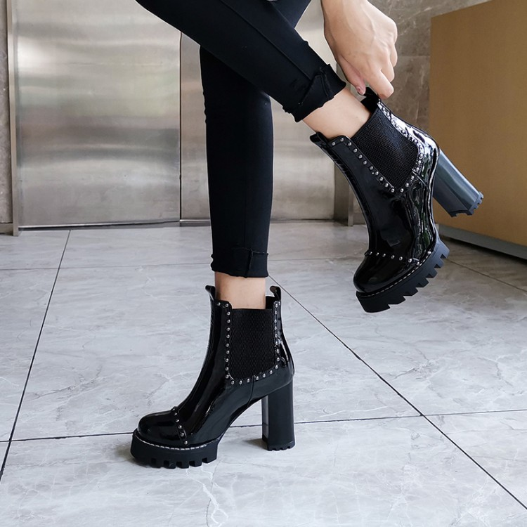 2021 new patent leather short boots womens high heels thick heels Martin boots round head fashion bright leather short barrel rivet spring and autumn single boots