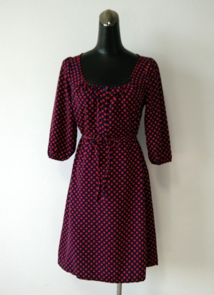 German H & M round dot 7 / 4 sleeve straight Knee Length Dress (domestic stock)