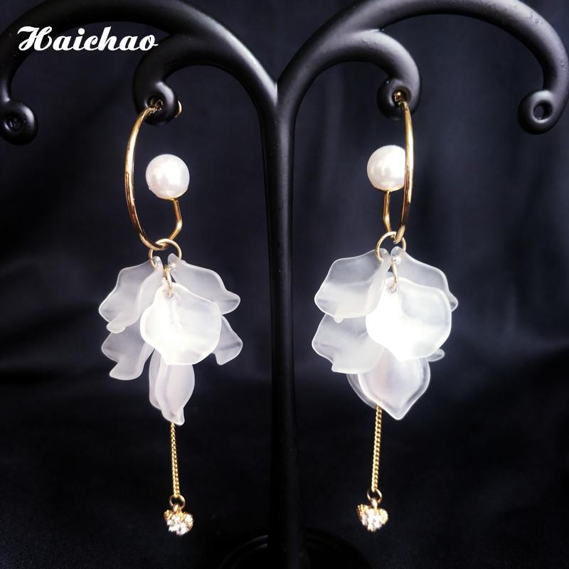 Chaoxian 925 silver needle Flower Earrings womens Pearl long 2020 new high-grade feeling net red personalized Earrings