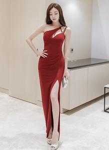 2017新款女装性感红色单肩长款侧开叉包臀修身连衣裙礼服