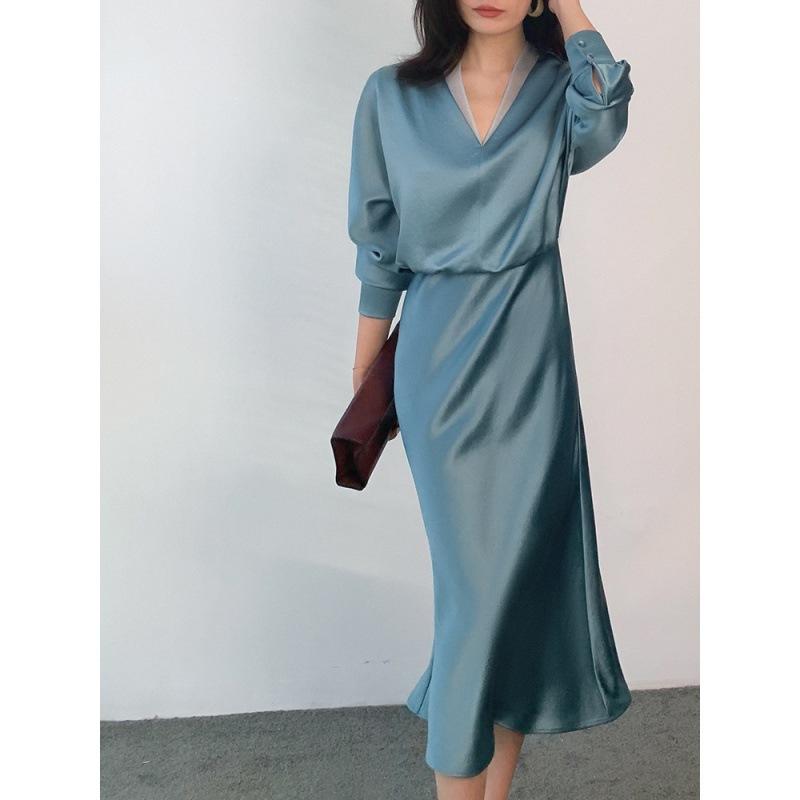 2021 new womens dress V-Neck long skirt imitates acetic acid Satin temperament commuter cover belly show thin dress