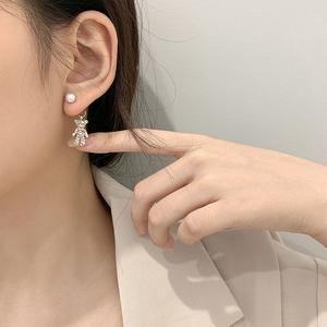 镶水钻小熊珍珠耳钉韩国东大门施华洛耳环女潮可爱网红气质耳饰品