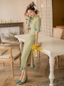 抹茶绿蕾丝旗袍改良版连衣裙2020春款女装年轻款少女气质开叉长裙