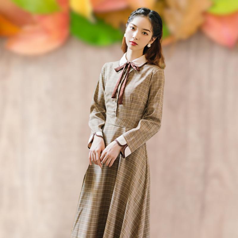 冬季款茶歇法式复古少女格子连衣裙文艺气质修身长袖收腰显瘦裙子