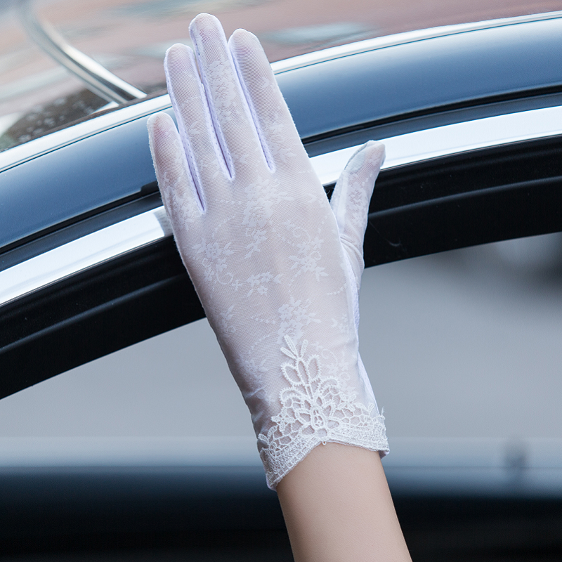 Ice summer thin summer UV protection driving tram spring and autumn lady lace sun protection gloves touch screen