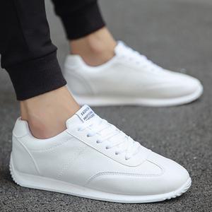 春天男装小白鞋中学生韩式白色板鞋男土运动休闲鞋球鞋阿甘男鞋子