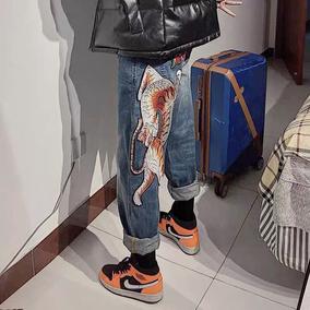 国潮牌情侣装老虎刺绣男女牛仔裤