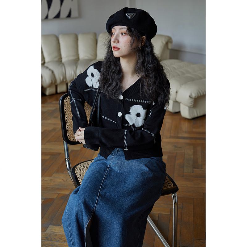 【限时9折】黑色薄款针织v领开衫外穿外套温柔上衣女开衫毛衣春秋