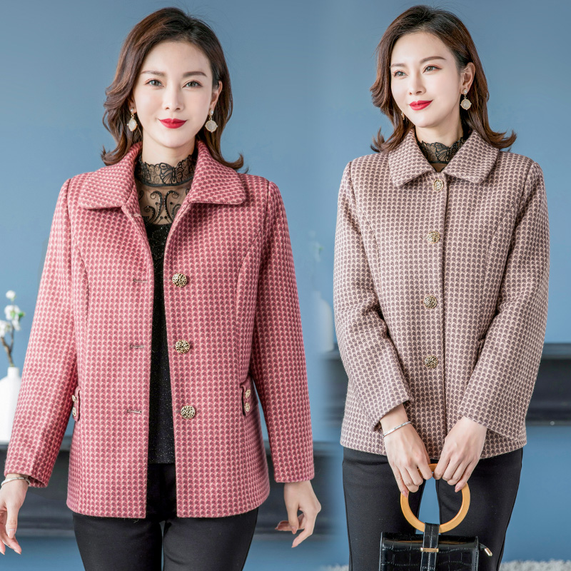 Spring and autumn womens Lapel suit coat middle-aged and old womens Plaid top button cardigan casual wide and fat