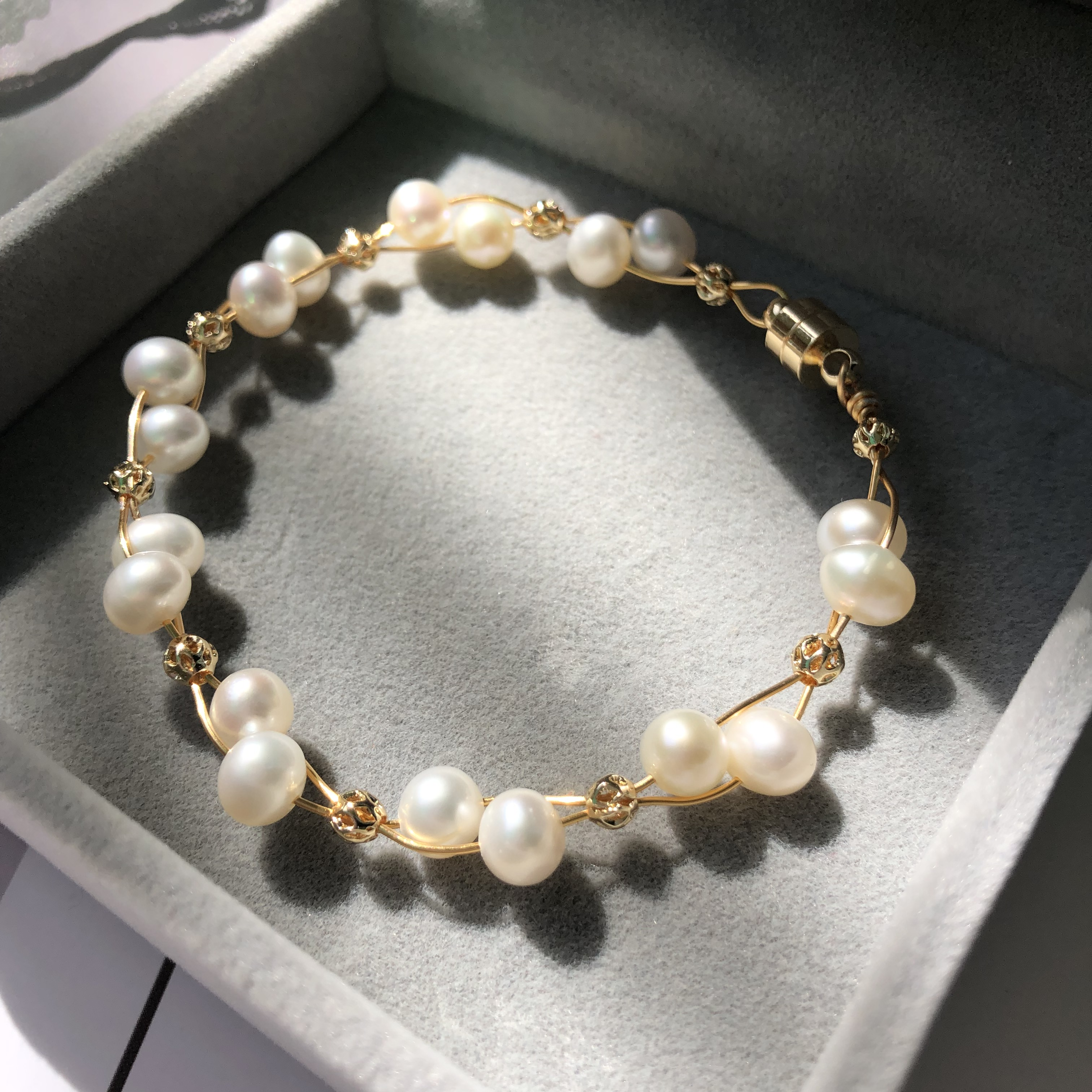 [full of Fairy Spirit] natural freshwater pearl can be customized with all around temperament and Orange Pink Bracelet