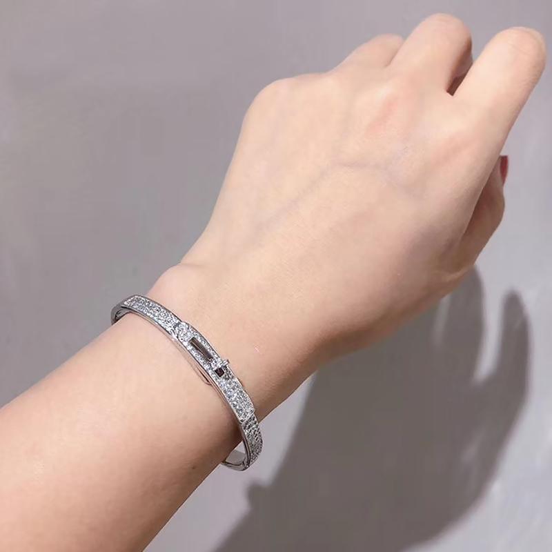 夏品新款设计百搭都市魅力满钻银手镯可调节 925纯银青莲银饰品