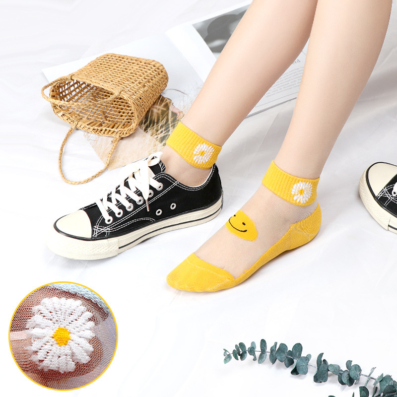Socks childrens summer new products thin Daisy Crystal Mesh shallow mouth glass silk transparent Cass boat socks ins tide