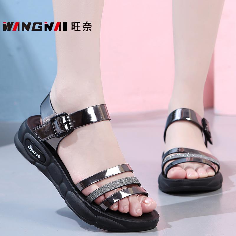 中老年妈妈穿的露趾防滑休闲夏天平底50岁40阿姨女土皮凉鞋小码34