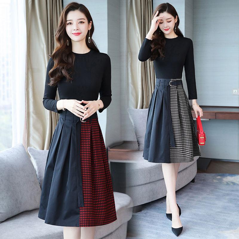 连衣裙2018年秋季潮流简约个性修身显瘦长袖圆领纯色