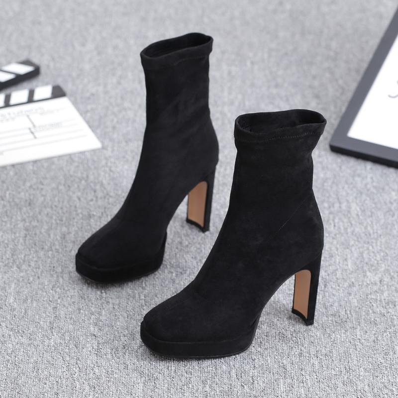 欧洲站女鞋欧货潮2020新款超高跟防水台短靴方头粗跟真皮显瘦女靴