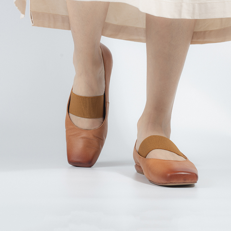 Hand made square ballet shoes for women