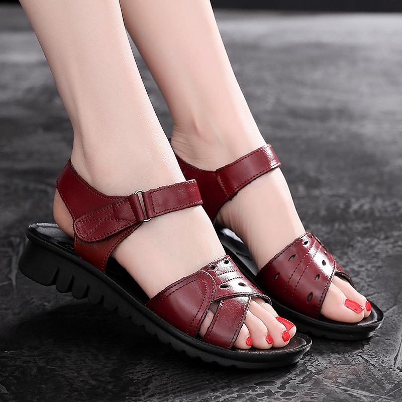 妈妈女款夏季平底防滑软底舒适凉鞋