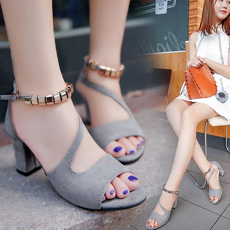 Small fresh high heels womens large womens shoes temperament shoes Korean student womens thick heel Roman sandals womens summer