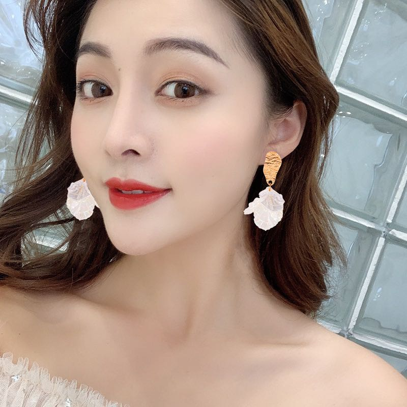 S925 silver needle Korean small fresh acrylic petal grape cluster multi petal sweet girl temperament Earrings