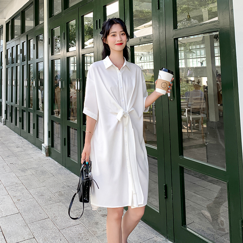 Chiffon shirt dress irregular waist strap medium long loose off shoulder sleeve Jumpsuit lotus root / white