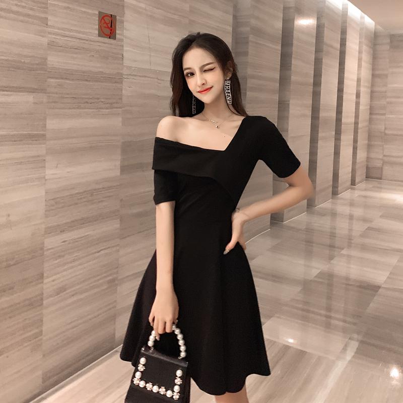 New summer sexy slant shoulder V-neck one side off shoulder dress Short Sleeve Black Slim dress j096755