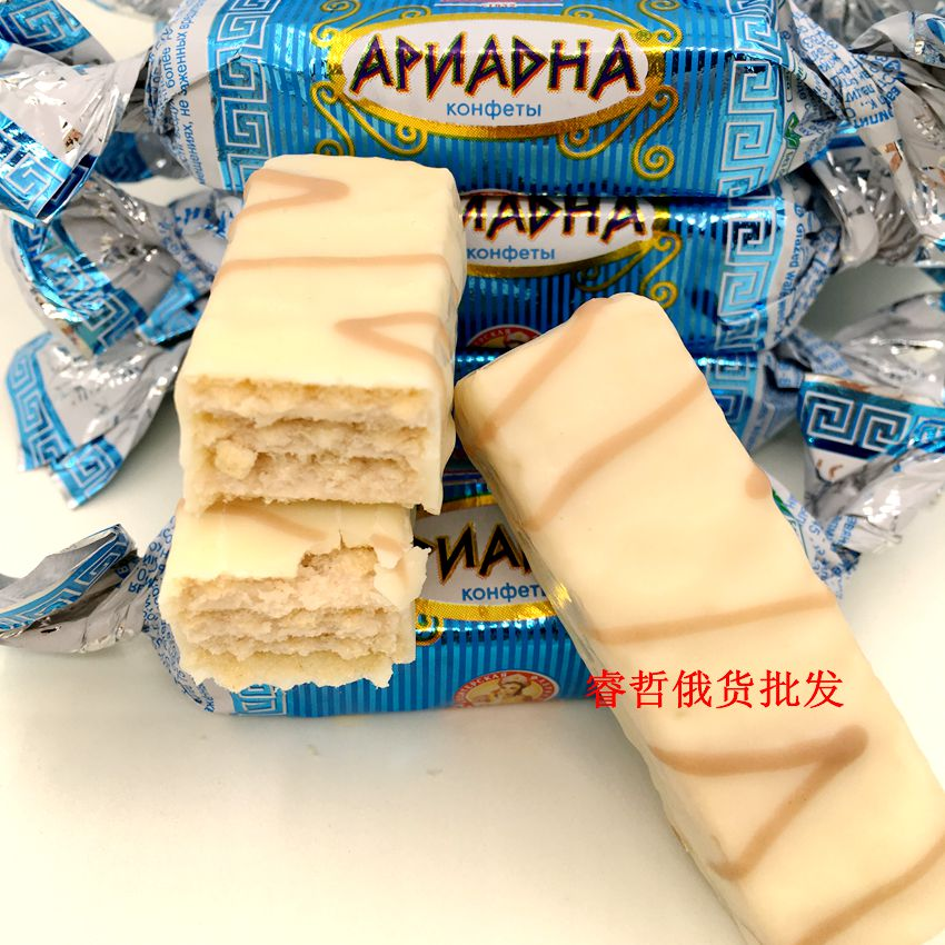 Package mail Russia imported fresh milk yogurt Weihua candy biscuit white chocolate sandwich candy snack food