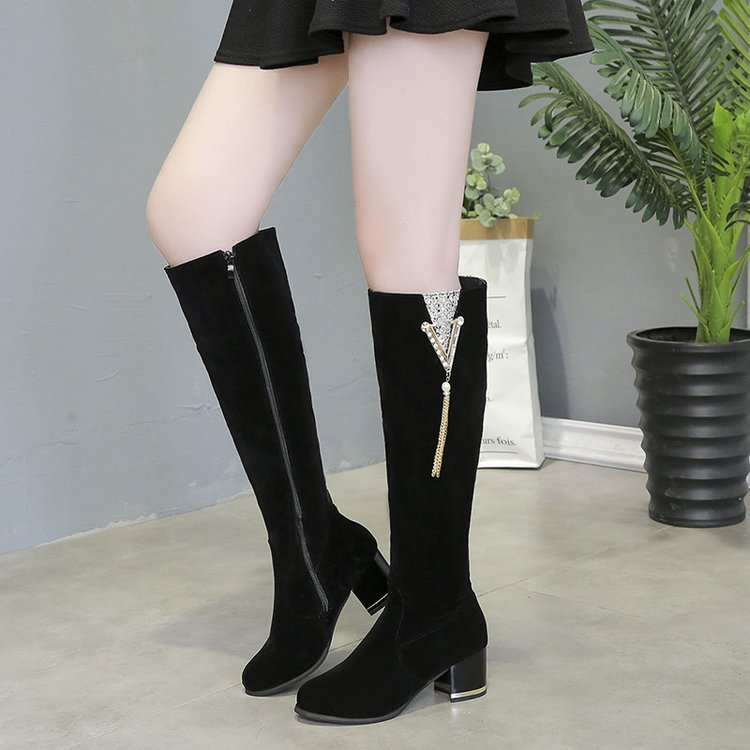 New knee high heels womens shoes in autumn and winter of 2019