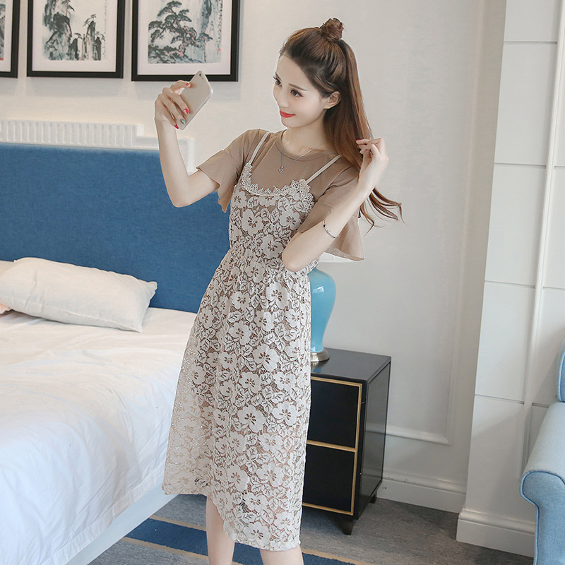 2018 summer new womens fashion trumpet sleeve T-shirt hollow lace slim suspender two piece medium length dress