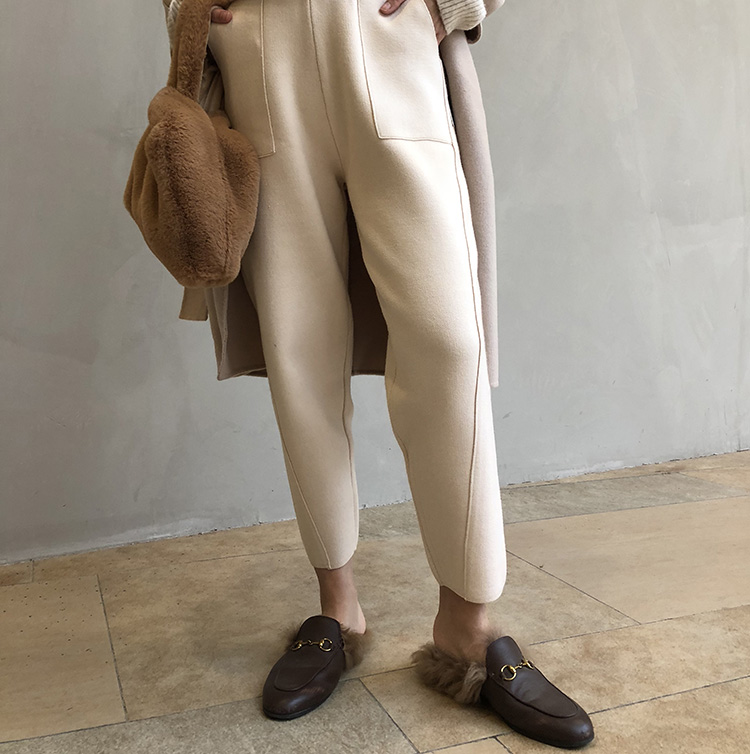 Zt2019 new autumn and winter tapered thickened irregular mink knitting nine point grandma pants tapered pants radish pants
