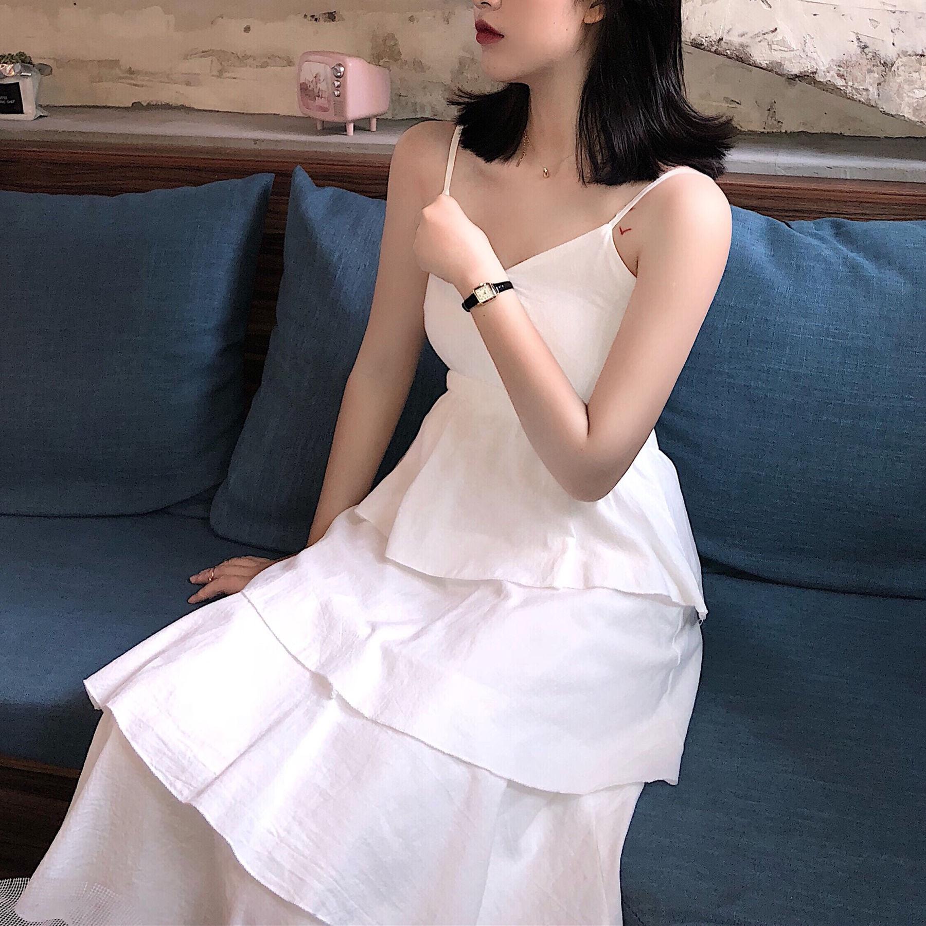 夏装2018新款女中长款V领连衣裙松紧收腰显瘦纯色吊带蛋糕裙A字裙
