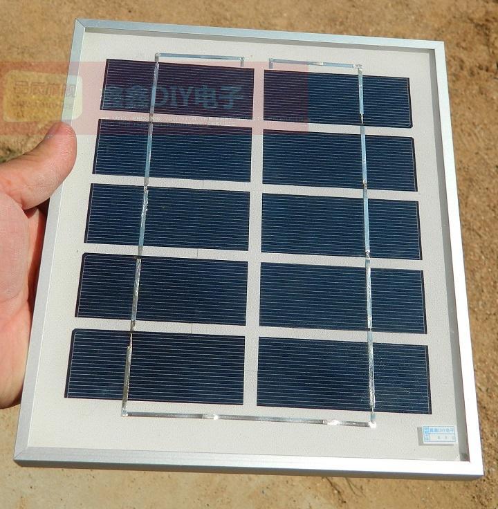 5v太阳能电池板光伏板发电板4w900MA DIY太阳能 手机充电器