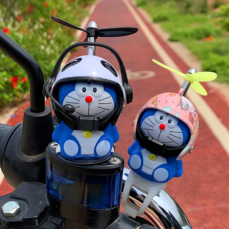 中國代購 中國批發-ibuy99 自行车装饰 小黄鸭头盔自行车汽车车载摆件电瓶车装饰品电动摩托车可爱小配件
