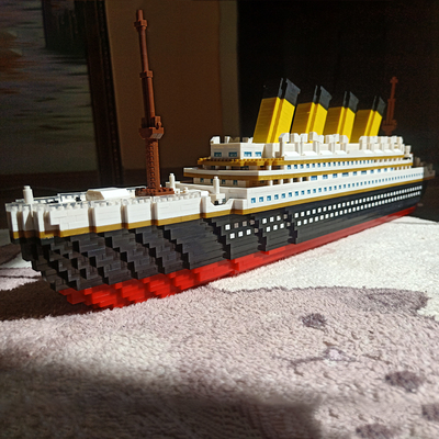 乐高新年礼物泰坦尼克号积木微颗粒拼装成人模型船玩具儿童高难度