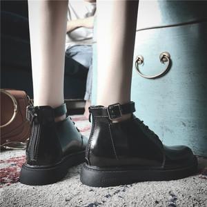 马丁靴女韩版新款时尚百搭小皮鞋女学院风低帮平底短靴女厚底靴子