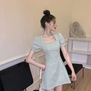 修身显瘦a字裙方领泡泡袖裙子女装2020夏季新款韩版法式连衣裙潮