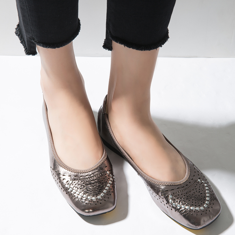 Bujisu French designer metal film leather carving light cut square head comfortable womens shoes casual shoes