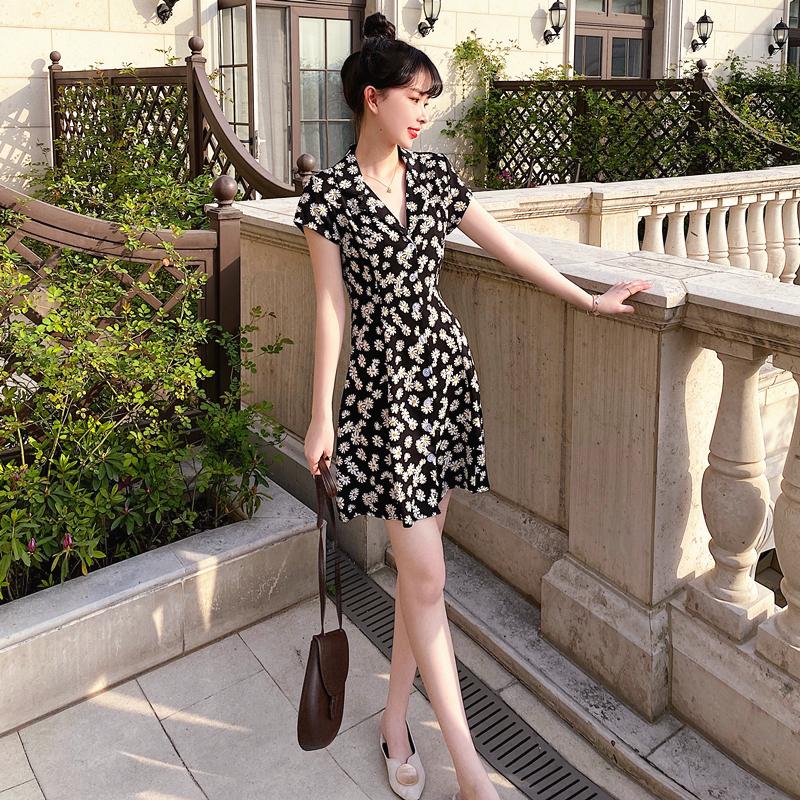 歐洲站2020新款女裝法式桔梗裙小雛菊超仙森系甜美高腰顯瘦連衣裙