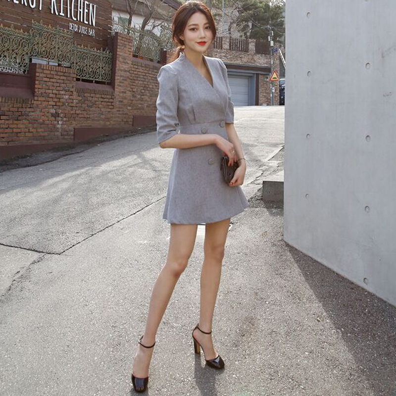 Tight temperament waist dress women 2020 spring and autumn small long sleeve fashion grey suit coat