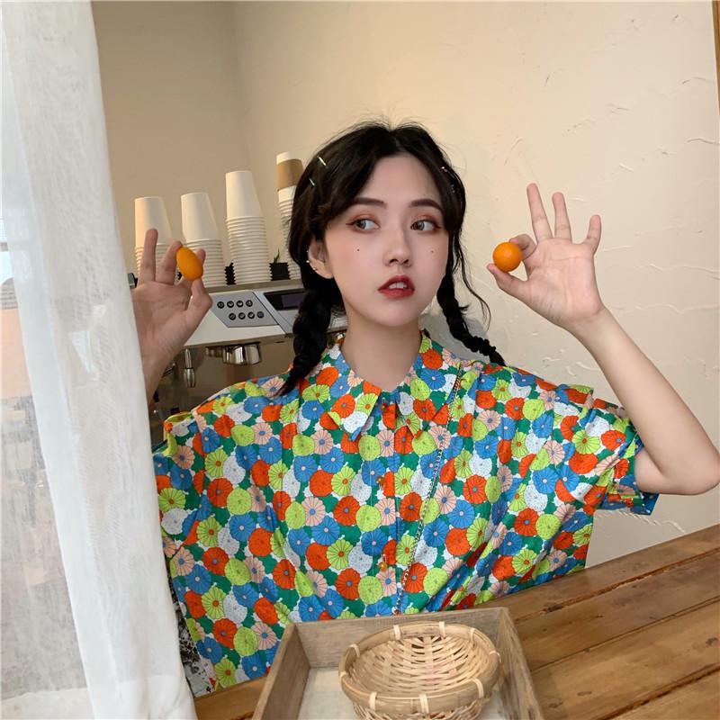 控33实拍实价复古韩版设计感翻领花衬衫