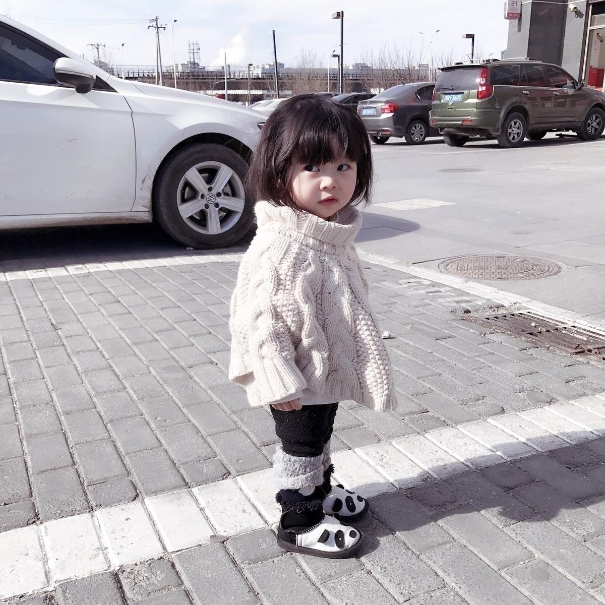INS爆款童装米色麻花编织毛衣斗篷 女童粗毛线高端毛衣斗篷中小童
