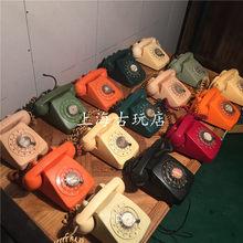 Старинные предметы обихода > Телефоны.