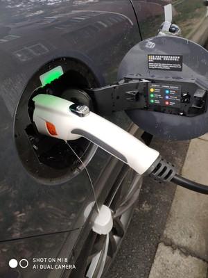 入手评测一下普乐固新能源电动汽车充电桩枪怎么样?质量差不差呢?新品评测