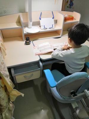 【购买感受】中沪爱童儿童学习桌怎么样?功能好不好,评价真的好吗