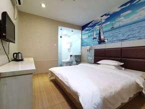 福州枫庭快捷酒店(原易佰连锁旅店福州东大路店)标准大床房
